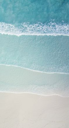 22 iPhone Wallpapers For Anyone Who Just Really Loves Water