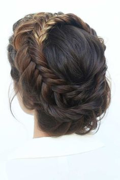 Braided prom hair updos may be considered in case you opt for a more classic style that reflects tender beauty. So read on to learn whats in trend and pick the best hairstyle for the special occasion. - September 21 2019 at Prom Hairstyles For Long Hair, Cool Braid Hairstyles, Homecoming Hairstyles, Braids For Long Hair, Wedding Hairstyles, Updo Hairstyle, Hairstyle Ideas, Newest Hairstyles, Quinceanera Hairstyles