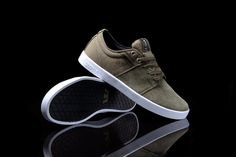 huge discount 66cba 9e25e 125 Best Shoes images   Loafers   slip ons, Slippers, Clothes