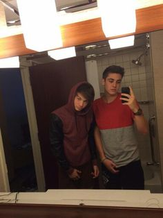 Taylor Caniff and Sam Wilkinson, MagCon Boys