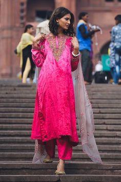 Bridal Suits Punjabi, Velvet Dress Designs, Ethnic Wear Designer, Kurti Designs Party Wear, Embroidered Clothes, Party Wear Dresses, Pink Fabric, Winter Dresses, Designer Dresses