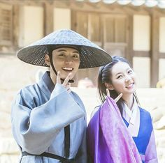 """""""Mirror of the Witch"""" Behind the Scenes Mirror Of The Witch, Best Dramas, Korean Dramas, Yoon Shi Yoon, Memes, Behind The Scenes, Gentleman, Handsome, Beautiful Women"""