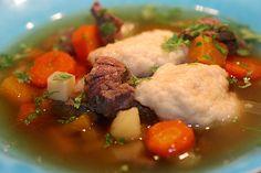Köttsoppa med klimp, a hearty meat soup with dumplings.