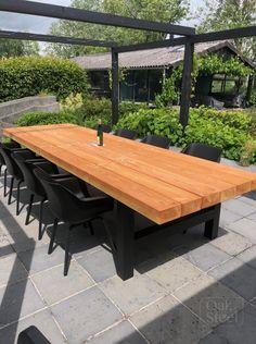 Iron Furniture, Garden Furniture, Outdoor Furniture, Backyard Garden Landscape, Backyard Patio Designs, Outdoor Tables, Outdoor Spaces, Outdoor Decor, Concrete Table