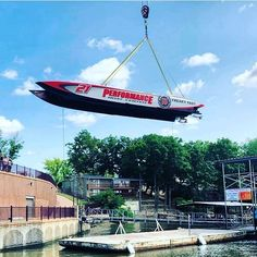 """@fastresponsemarine posted to Instagram: Team @performanceboatcenter / @jimmyjohns 41' MTI SuperCat race boat high in the sky! Getting craned in for the offshore racing action on the lake at the OPA/P1 """"Lake Race 2019"""" in Lake of the Ozarks, MO. Image by @lakeozarkswatertaxi @powerboatnation  #Regram via @www.instagram.com/p/ByN_h9oH53S/ #superboatraces #supercatraces #superboatinternational #marinetowing #officialmarinetowingservice #fastresponse #fastresponsemarine #oparacing Cat Races, Powerboat Racing, Power Boats, Crane, Action, Sky, Instagram, Cat Breeds, Heaven"""