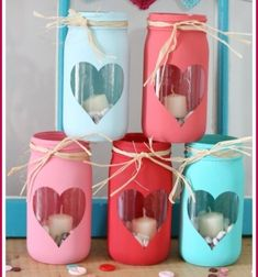 DIY Easy Valentine luminaries from mason jars Mindy DIY Easy Valentine luminaries from mason jars Mindy skadi schulze skadischulze Lu DIY Easy Valentine luminaries from mason jars nbsp hellip diy easy Mason Jars, Mason Jar Crafts, Wine Bottle Crafts, Valentine Day Crafts, Diy Projects To Try, Easy Diy, Diy Crafts, Diy Hacks, Diy Flowers