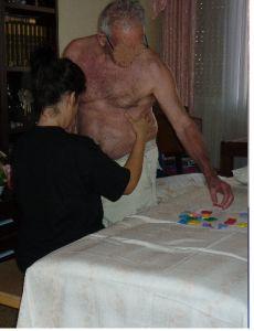 Caso clínico y/o trabajo Bobath 2ª parte: http://davidaso.fisioterapiasinred.com/2012/12/caso-clinico-yo-trabajo-bobath-2a-parte.html