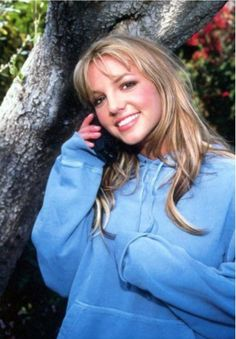 Go Britney Spears Pics - 3000 Miscellaneous Britney Photos gathered from the Internet, Pictures Britney Spears Young, Britney Spears Photos, 2000s Fashion, Fashion Outfits, Britney Jean, Baby One More Time, New Haircuts, Celebs, Celebrities