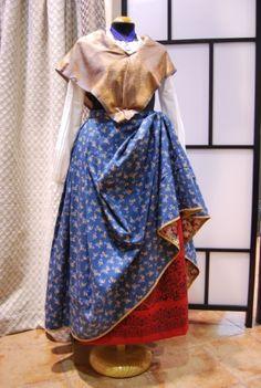 Indumenta | Traje tradicional aragonés Aragon, Textiles, Skirts, Barcelona, Dresses, Fashion, Folklore, Day Outfits, Shandy