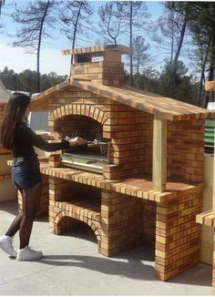 Pergola Ideas For Deck Code: 8663927600 Build Outdoor Kitchen, Backyard Kitchen, Outdoor Kitchen Design, Backyard Patio, Outdoor Barbeque, Pizza Oven Outdoor, Outdoor Fireplace Patio, Brick Grill, Outdoor Grill Station