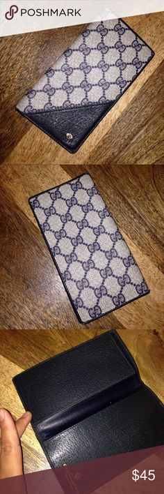 Authentic Vintage Gucci Checkbook Cover 100% Authentic Gucci Accessory Collection Check Book Cover, with scuffs, marks and worn corners as shown in pictures, priced according to wear however it still have life left Gucci Bags