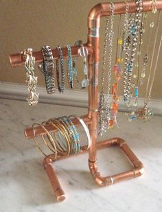 Copper Pipe Jewelry Tree Modern Jewelry Organizer Steampunk Design Jewelry Display Necklace Stand Jewelry Holder Copper Gift For Her Diy Jewelry Holder, Diy Crafts Jewelry, Necklace Holder, Bracelet Display, Jewellery Display, Jewellery Box, Antique Jewellery, Bracelet Organizer, Diy Bracelet