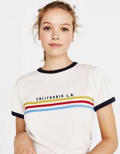 """"""" printed T-shirt – Bershka """"California L."""" printed T-shirt – Bershka Print T Shirts, Graphic Shirts, Tee Shirts, Tees, T Shirts With Sayings, Shirts For Girls, California Girl Fashion, Cute Tshirt Designs, Chemise Fashion"""