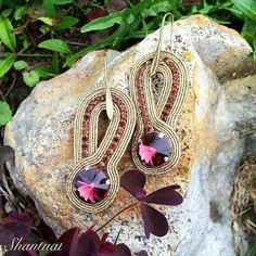 Shibori, Gold Bridal Earrings, Soutache Earrings, Ring Necklace, Beaded Embroidery, Natural Stones, Earring Set, Cuff Bracelets, Diy And Crafts
