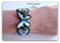 Brick Stitch bracelet pattern now available as direct download and/or kit. Please follow this link for more info: http://cart.javallebeads.com/Bottervlieggie-Brick-Stitch-Download-Pattern-p/td074.htm