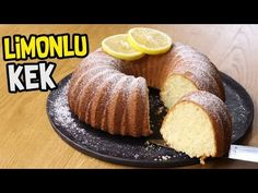 Daha önce limonlu kek yaptınız mı? Belki de bir çoğumuz yapmamış olabiliriz ama mutlaka yapmalıyız diyorum. Youtube'da işini layığıyla yapan nadir yemek kanallarından Şükran Kaymak hanımdan aldığımız limonlu kek tarifi tam anlamıyla yıkılıyor hanımlar.