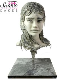 Sugar Art Museum : The Fisherman's daughter sculpture by Sweet Creations Cakes