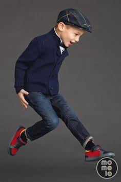 momolo.com red social de #modainfantil #kidswear #streetstyle #kids #fashionkids #kidsfashion #moda #niños  MOMOLO | moda infantil |  Gorras Dolce & Gabbana, Rebecas Dolce & Gabbana, Pantalones Vaqueros / Jeans Dolce & Gabbana, Deportivas / Zapatillas Dolce & Gabbana, niña, 20150803110847