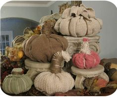 More cute diy sweater pumpkins! Don't throw away your old sweaters!!!