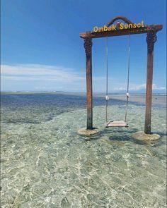 Datu swing yg berada di gili trawangan, tepatnya di hotel ombak sunset ini adalah salah satu yang menjadi incaran wisatawan yang berlibur ke lombok http://www.goldenlomboktransport.com