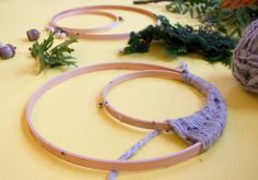 Dreamcatcher DIY Fall Dreamcatcher « Maptote How Acoustical Foam Improves Soundproofing Objects with Yarn Crafts, Home Crafts, Diy And Crafts, Arts And Crafts, Wiccan Decor, Wiccan Crafts, Cv Finance, Diy Dream Catcher Tutorial, Moon Dreamcatcher