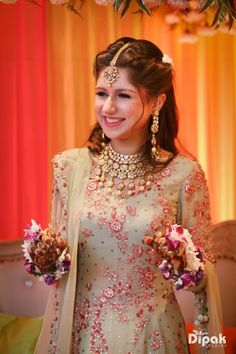 Bridal Details - Bride in a Mint Green Suit with Red Detailing and Polki Jewlery | WedMeGood #wedmegood #indianbride #indianwedding #bridal #bridaldetails #polki #green #suit