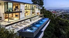 A new house with dramatic views of Los Angeles: http://www.playmagazine.info/a-new-house-with-dramatic-views-of-los-angeles/