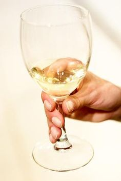 The Health Benefits of White Wine