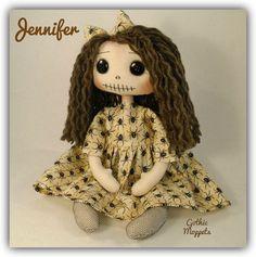 Rag Dolls, Fabric Dolls, Handmade Dolls Patterns, Gothic Dolls, Weird Stories, Creepy Dolls, Gothic Art, Voodoo, Doll Houses