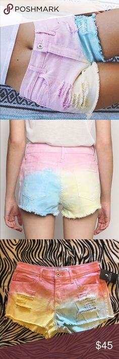Gypsy Warrior Tie Dye Shorts Shredded, slashed + tie-dye. Mid-rise denim shorts with distressing at the front, raw-edge hems + 5-pocket styling ---- size Large = 8/10 ---- these are SOLD OUT ONLINE IN THIS SIZE!!! Gypsy Warrior Shorts Jean Shorts