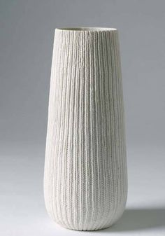 Annette Bugansky - pintuck vessel with knitted texture