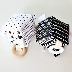 Beautiful and on trend soft geometric patterned hand printed soft activity block in six different designs – block size is approx. 9cm square – great