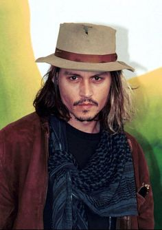Johnny Depp - Photocall: From Hell in Venice (2001)