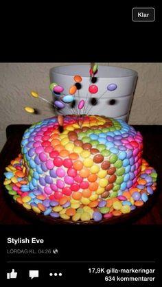 Enkel dekoration på tårta