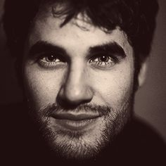 Darren Criss, you're my favorite glee star! :D you captive me with somebody that I used know! truly in love <3