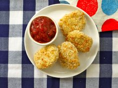 Easy Chicken Nuggets on Weelicious