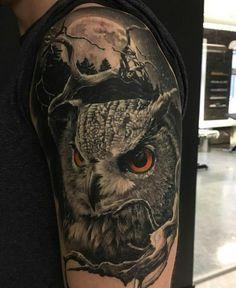 Owl with moon guys half sleeve tattoos Half Sleeve Tattoos Drawings, Half Sleeve Tattoos For Guys, Half Sleeve Tattoos Designs, Best Sleeve Tattoos, Body Art Tattoos, Owl Tattoos For Men, Tattoos Pics, Tattoos Gallery, Tatoos