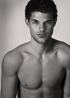 Imagem de Taylor Lautner, Hot, and sexy Taylor Lautner Shirtless, Chaning Tatum, Le Male, Wattpad, Raining Men, Zac Efron, Star Wars, Attractive Men, Good Looking Men