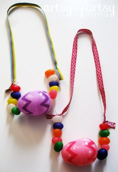 Jelly Bean Easter Necklaces~ fun activity for the kids. Maybe even can pull this off for children's church. Jelly bean prayer, eggs symbolizing empty tomb.