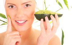 Avocado doskonale wpływa na kondycję skóry! Owoc ten nie tylko opóźnia procesy starzenia się skóry, ale także poprawia strukturę skóry!