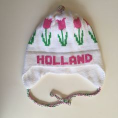 http://cecedupraz.com/collections/all/products/tulip-motif-knit-hat