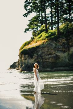 Pnw beach bride inspiration at salt creek beach in port Angeles by Seattle wedding photographer Fyrelite Photography