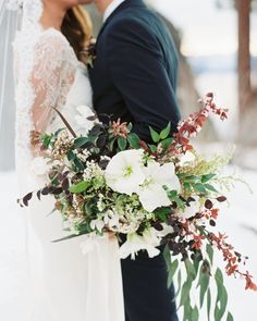 This bride carried a Petal and Pine bouquet for her wintertime elopement in Lake Tahoe. Winter Bridal Bouquets, Winter Bouquet, Winter Wedding Flowers, Bride Bouquets, Flower Bouquet Wedding, Flower Bouquets, Winter Weddings, Real Weddings, Blue Red Wedding
