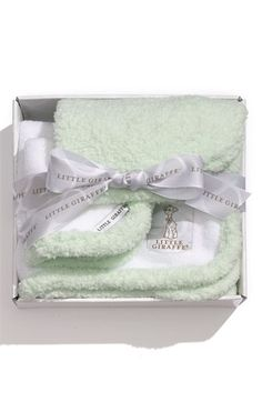 'splash and dry' towel and washcloth set http://rstyle.me/n/i94trr9te