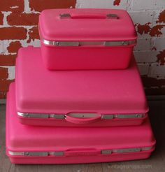 Vintage pink suitcases - including train case!   Think Pink ...