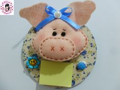 cd reciclado com porquinha de feltro