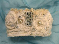Vintiquities Workshop: Tutorials: Decayed Elegance Cuff Bracelet & tattered fabric supplies