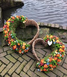 All Details You Need to Know About Home Decoration - Modern Funeral Flower Arrangements, Funeral Flowers, Floral Arrangements, Deco Floral, Arte Floral, Floral Design, Cemetery Decorations, Front Door Decor, Flower Art