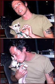 Scott Weiland with a dog of Doug Grean Music Is Life, New Music, Velvet Revolver, Scott Weiland, Stone Temple Pilots, Bring A Friend, Him Band, In Loving Memory, Songs
