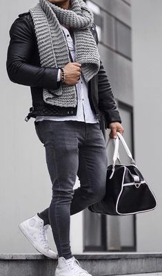 Men winter fashion 298645019043463903 - mens casual outfit Source by olivierdun Winter Outfits Men, Stylish Mens Outfits, Casual Outfits, Men Casual, Mode Outfits, Fashion Outfits, Fashion Boots, Herren Outfit, Mode Masculine